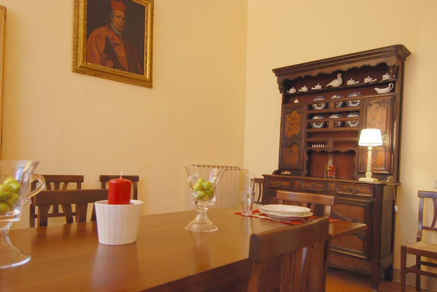 Federighi large and elegant apartment