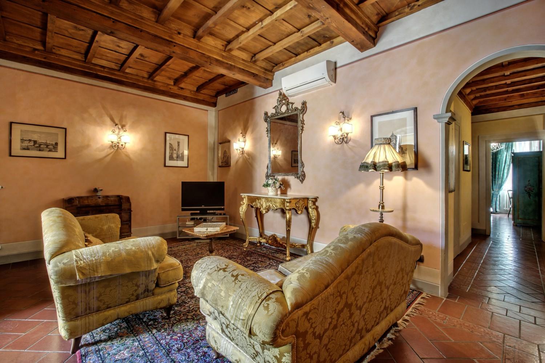 Pergola elegant  apartment